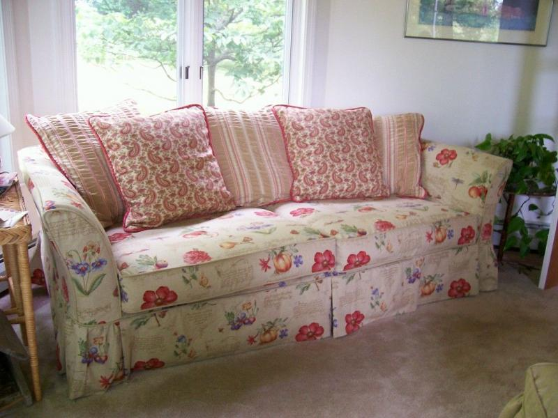 shabby chic slipcovers for sofas shabby chic couch slipcover migrant resource network thesofa. Black Bedroom Furniture Sets. Home Design Ideas